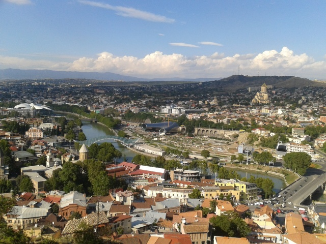 Panorama Tbilisi z twierdzy Narikila